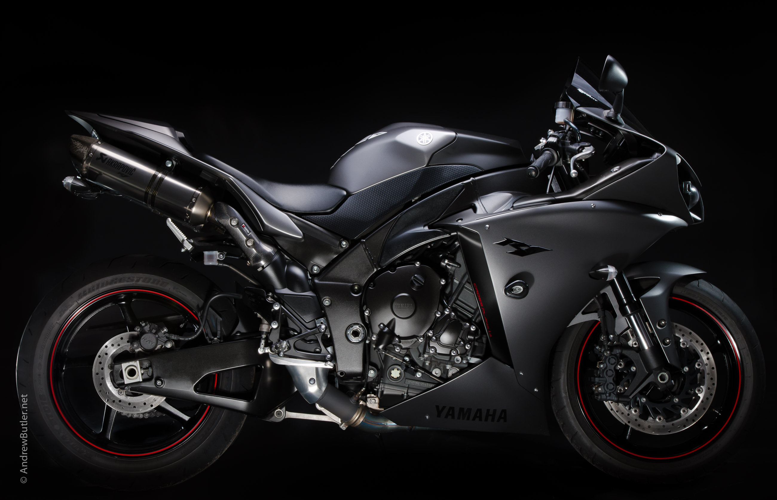 Yamaha R1 photographed by Andrew Butler by motorbike photographer Andrew Butler
